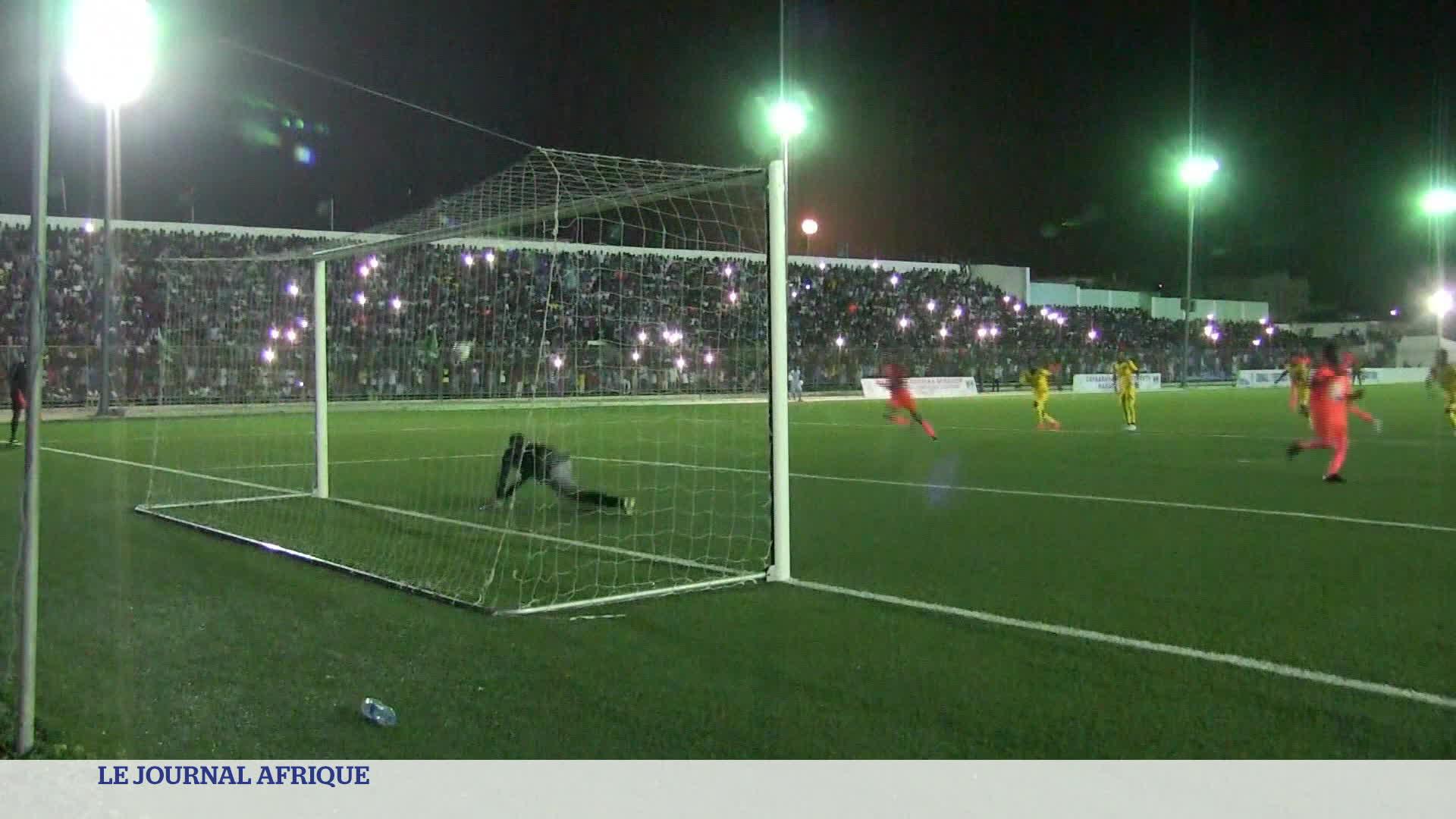 Somalie : un premier match de foot en nocturne depuis 30 ans